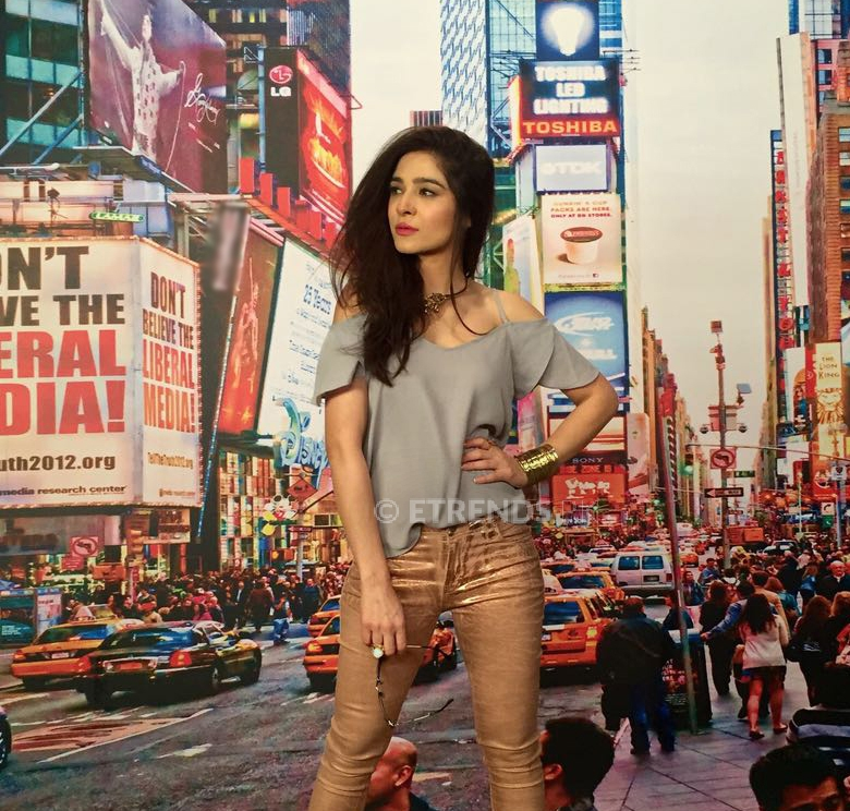 Maybelline New York signs Ayesha Omar as the brand's spokesperson in Pakistan!