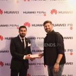 Salman and Tappu (win Huawei Phone)_1280x853