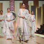 Sana Abbas Collection at Hum Bridal Couture Week 2017 (2)