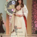 Sonya Battla Collection at Hum Bridal Couture Week 2017 (102)