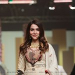 Sonya Battla Collection at Hum Bridal Couture Week 2017 (98)