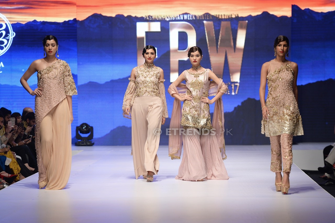 Aamna Aqeel collection at Fashion Pakistan Week Winter/Festive 2017
