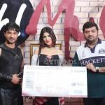 Sadaf Hamid Received Best Dressed Prize_1280x853