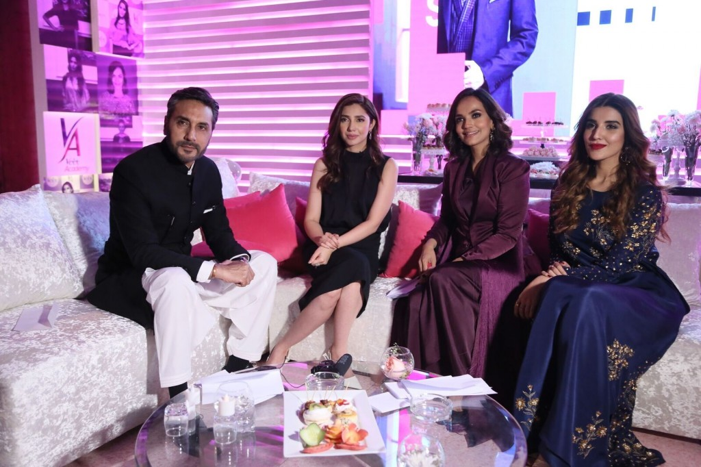 Adnan Siddiqui, Mahira Khan, Aamina Sheikh and Hareem Farooq_preview